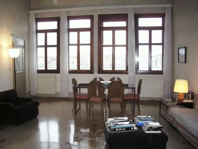 Giudecca s eufemia locazione residenti appartamento in - Immobiliare cera venezia ...